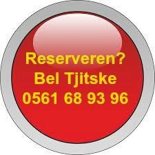 rode knop gele letters Tjitske